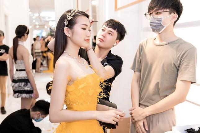 Lệ Quyên, Quang Dũng và top 35 sẽ trình diễn bùng nổ phần thi Người đẹp Thời trang tối nay ảnh 6