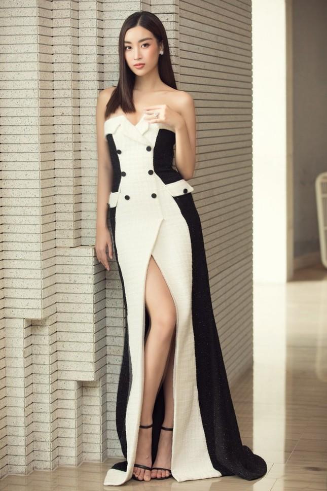 Hoa hậu Đỗ Mỹ Linh: 'Năm nay BGK gặp khó khăn vì chất lượng thí sinh quá đồng đều' ảnh 2