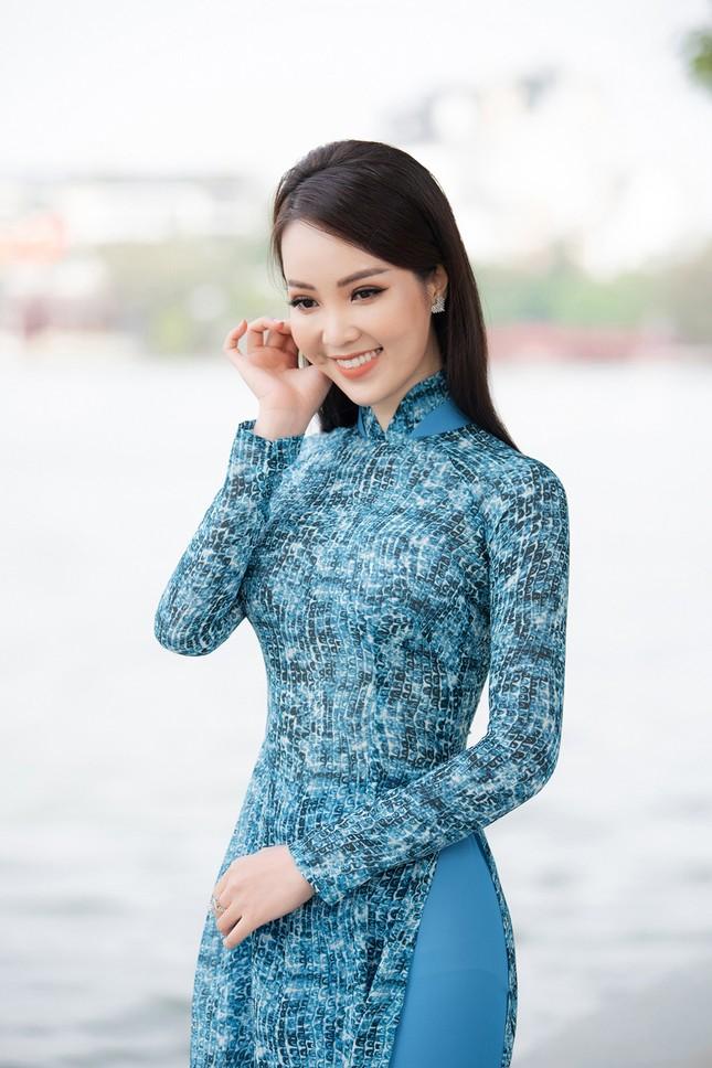 Á hậu Thuỵ Vân: 'Hoa hậu Đỗ Thị Hà sẽ còn đẹp và toả sáng hơn rất nhiều' ảnh 10
