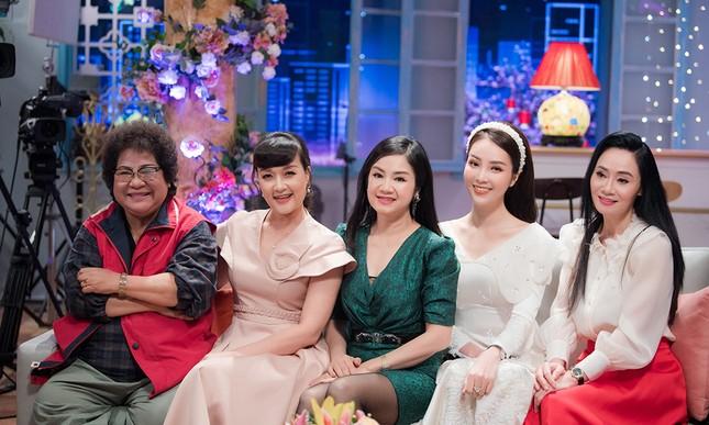Thụy Vân chia sẻ khó khăn của gia đình trong năm qua và lỡ kế hoạch sinh con thứ 2 ảnh 14