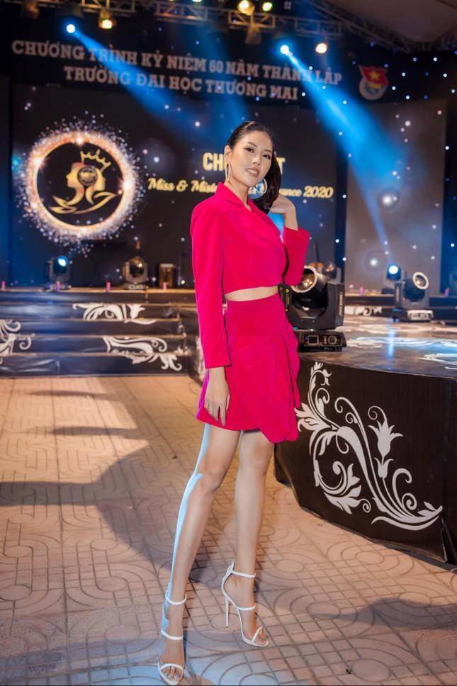 Hoa hậu Diễm Hương bất ngờ úp mở bạn trai mới, Minh Tú menly không nhận ra khi mặc vest ảnh 5