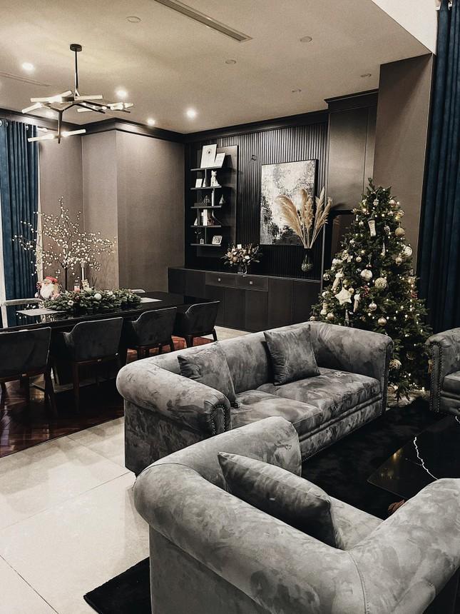 Dàn Hoa hậu, Á hậu trang hoàng nhà cửa lộng lẫy chuẩn bị đón Giáng Sinh ảnh 7