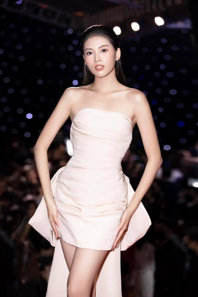 Á hậu Ngọc Thảo sẽ phải trải qua 14 ngày cách ly để dự thi Miss Grand International 2020 ảnh 4