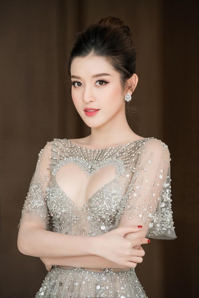Top 3 HHVN 2014: Kỳ Duyên-Huyền My miệt mài hoạt động showbiz, Diễm Trang yên bề gia thất ảnh 7