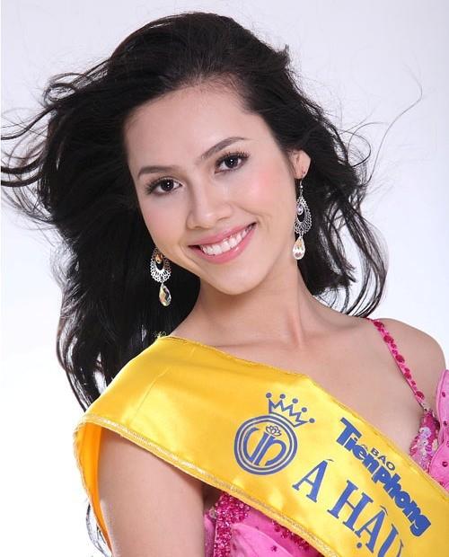 Top 3 HHVN 2010: Ngọc Hân thành nhà thiết kế nổi tiếng, Á hậu Hoàng My chu du khắp thế giới ảnh 8