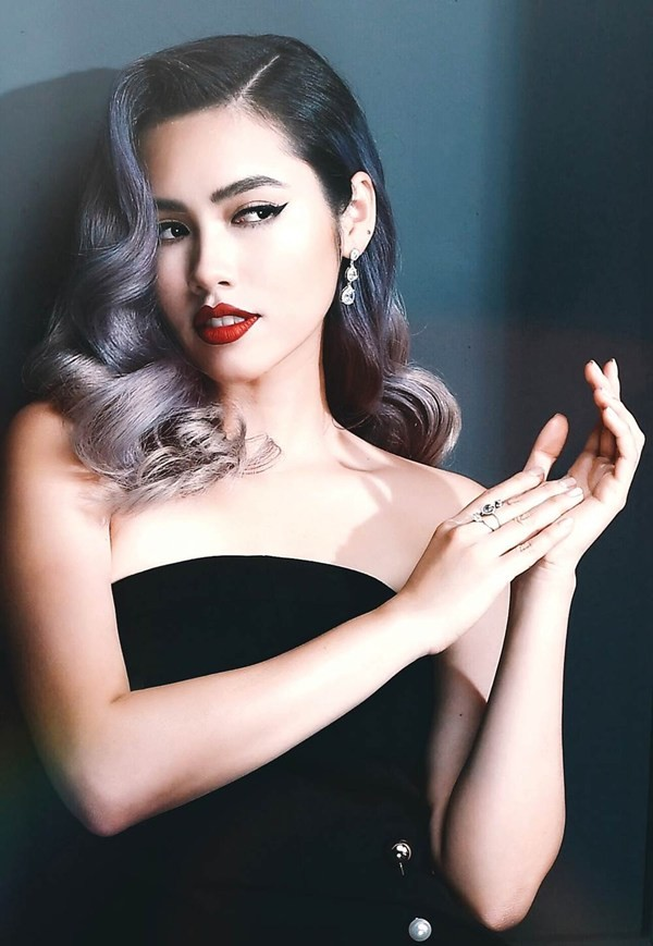 Top 3 HHVN 2010: Ngọc Hân thành nhà thiết kế nổi tiếng, Á hậu Hoàng My chu du khắp thế giới ảnh 11
