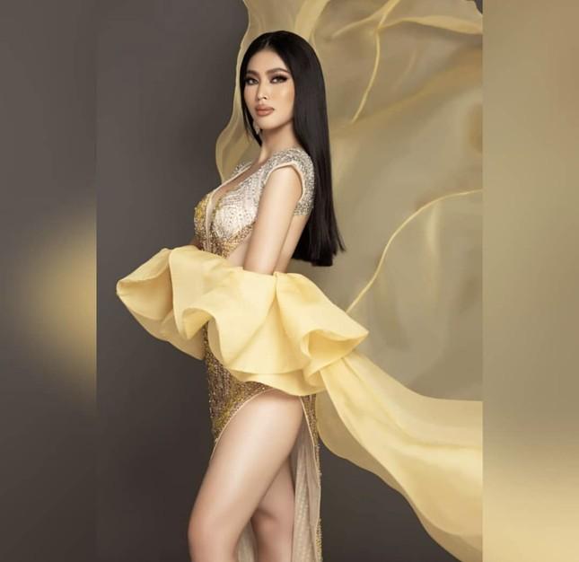 Á hậu Ngọc Thảo hô vang 'Việt Nam' trong họp báo tại Miss Grand ảnh 8