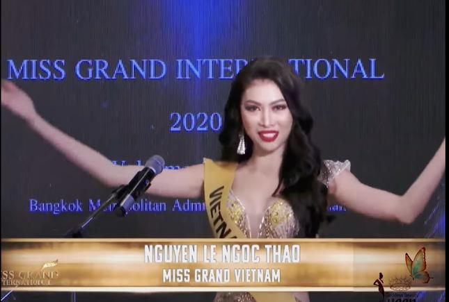 Á hậu Ngọc Thảo hô vang 'Việt Nam' trong họp báo tại Miss Grand ảnh 1