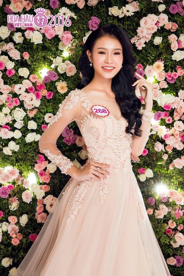 Những người đẹp có thành tích học tập 'khủng' của Hoa hậu Việt Nam giờ ra sao? ảnh 1
