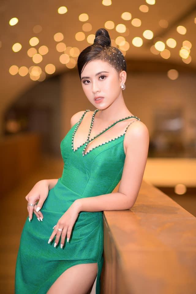Những người đẹp có thành tích học tập 'khủng' của Hoa hậu Việt Nam giờ ra sao? ảnh 12