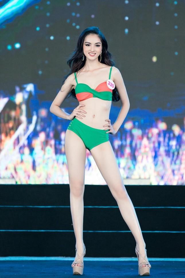 Những người đẹp có thành tích học tập 'khủng' của Hoa hậu Việt Nam giờ ra sao? ảnh 14