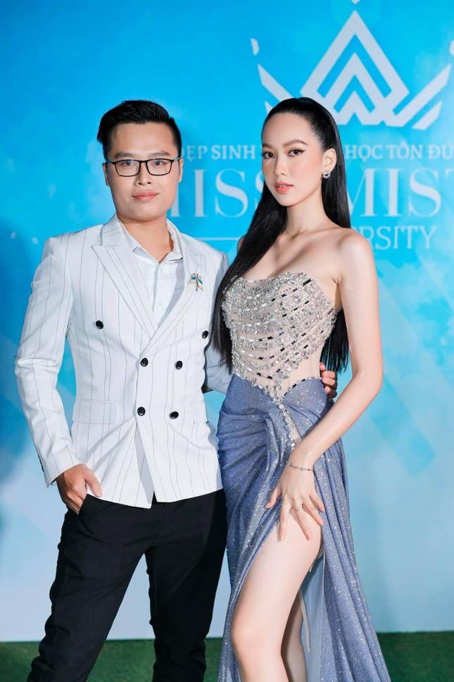 Á hậu Thuý An mặc váy cúp ngực sexy, 'Người đẹp làn da' Phương Quỳnh kiêu sa tựa 'nữ thần' ảnh 4