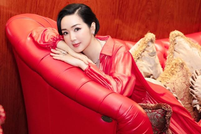 Á hậu Thuý An mặc váy cúp ngực sexy, 'Người đẹp làn da' Phương Quỳnh kiêu sa tựa 'nữ thần' ảnh 7