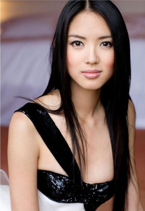 Khoảnh khắc Đỗ Thị Hà được fan khen xinh giống Hoa hậu Thế giới Trương Tử Lâm 'gây sốt' ảnh 3