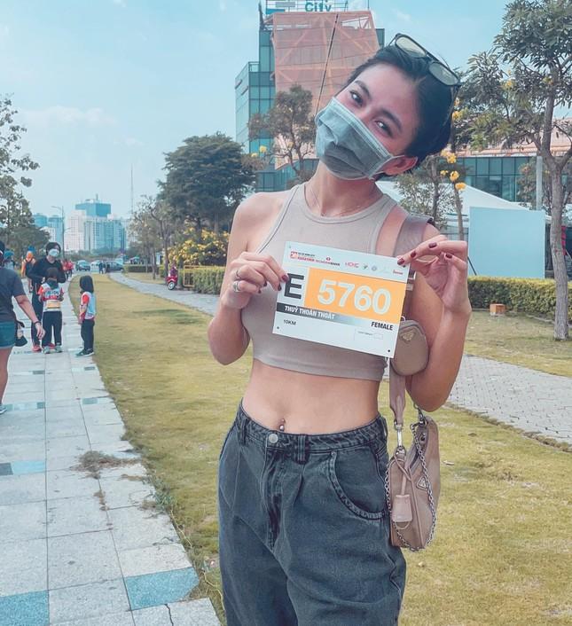 Tiểu Vy - Kiều Loan nóng bỏng 'bất phân thắng bại' khi cùng diện bikini táo bạo ảnh 6