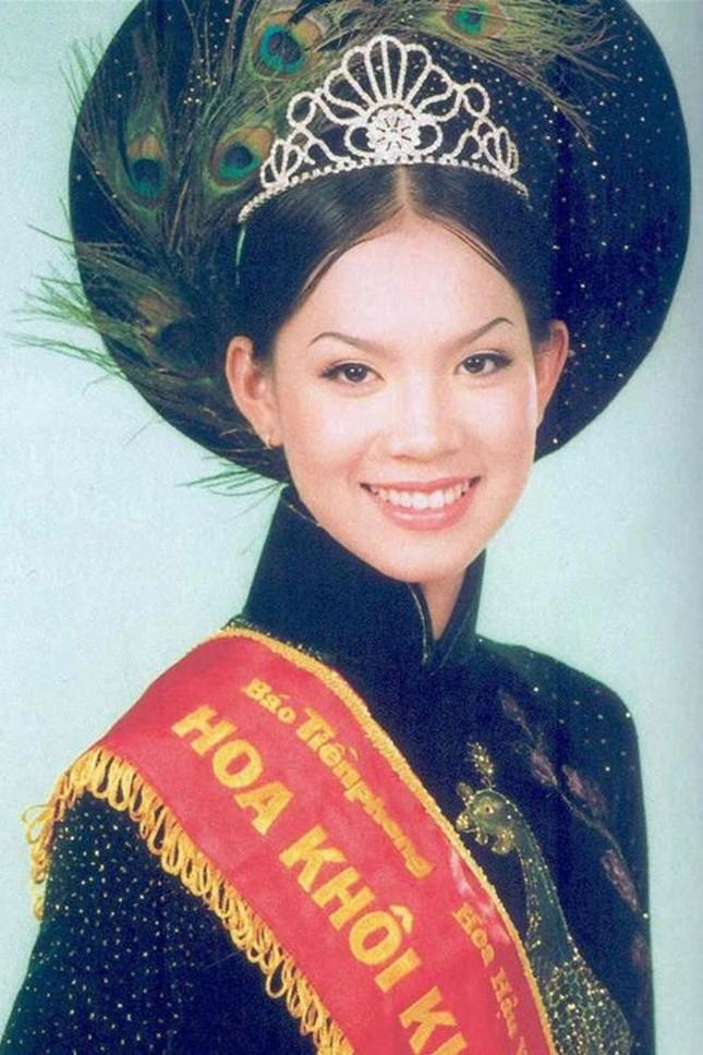 Top 3 HHVN 2002: Mai Phương làm rạng danh Việt Nam, Á hậu Hoàng Oanh 'khuynh đảo' showbiz ảnh 6