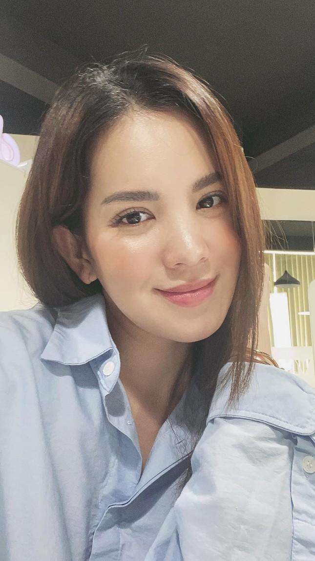 Á hậu Hoàng Oanh từng là đại diện hãng hàng không quốc gia Việt Nam giờ ra sao? ảnh 6
