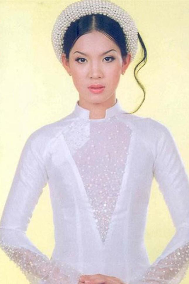Á hậu Hoàng Oanh từng là đại diện hãng hàng không quốc gia Việt Nam giờ ra sao? ảnh 2