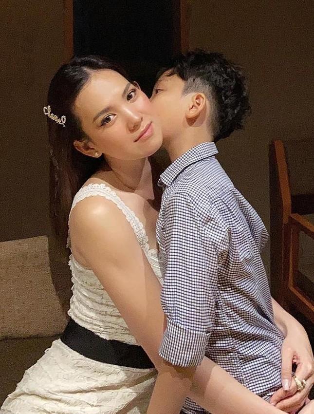 Á hậu Hoàng Oanh từng là đại diện hãng hàng không quốc gia Việt Nam giờ ra sao? ảnh 14