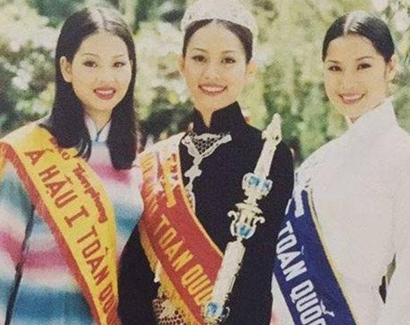 Hoa hậu Ngọc Khánh rạng rỡ đọ sắc cùng chị em Thúy Hằng-Thúy Hạnh, đẹp gợi cảm ở tuổi 45 ảnh 4