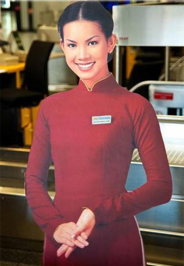 Á hậu Hoàng Oanh từng là đại diện hãng hàng không quốc gia Việt Nam giờ ra sao? ảnh 3
