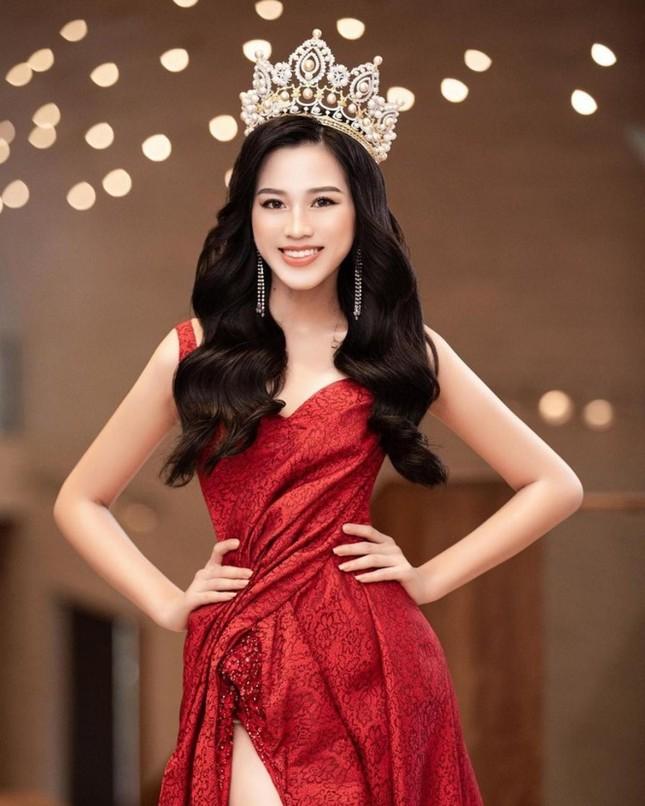 Sau Ngọc Thảo, fan đặt kỳ vọng vào dàn người đẹp thi quốc tế trong năm 2021 ảnh 13