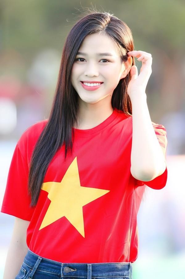 Sau Ngọc Thảo, fan đặt kỳ vọng vào dàn người đẹp thi quốc tế trong năm 2021 ảnh 11