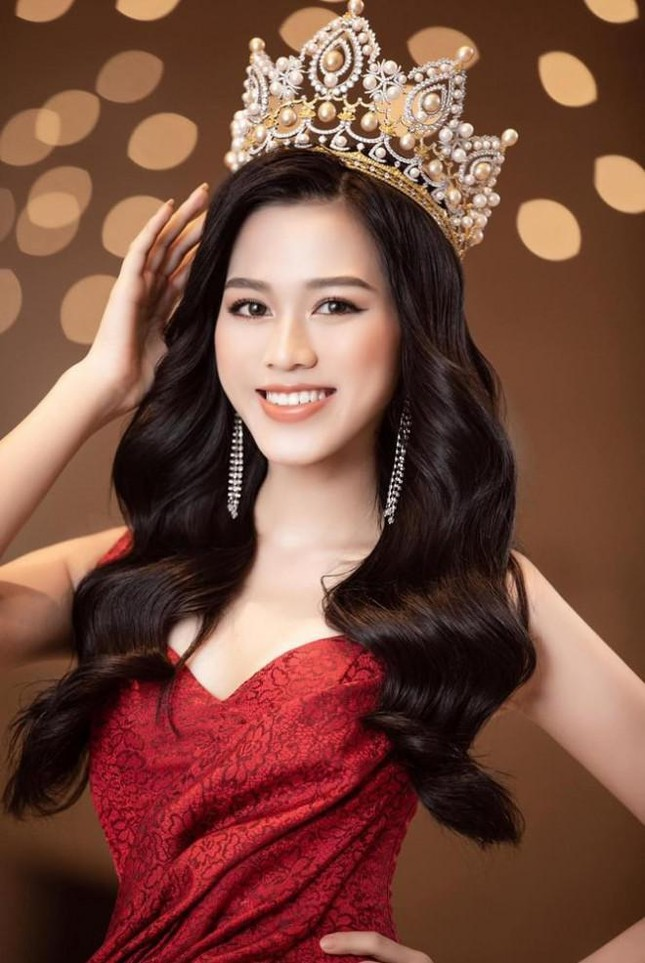 Sau Ngọc Thảo, fan đặt kỳ vọng vào dàn người đẹp thi quốc tế trong năm 2021 ảnh 10