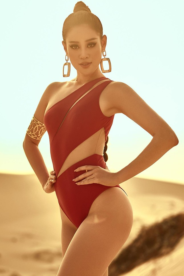 Khánh Vân khoe vòng ba 95cm nóng bỏng với áo tắm trước khi đi Mỹ thi Miss Universe ảnh 3