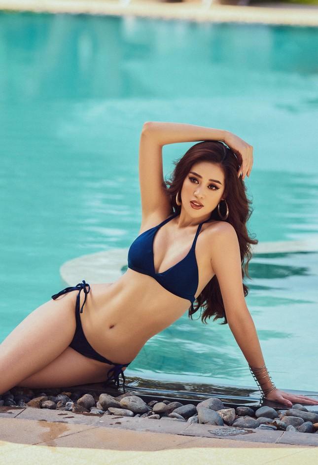Vừa nhập cuộc Miss Universe, Khánh Vân tung bộ ảnh bikini sexy khiến các đối thủ dè chừng ảnh 4