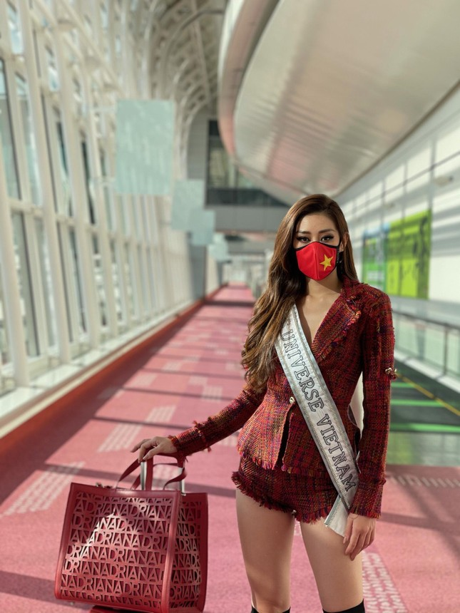 Hoa hậu Hoàn vũ Thái Lan 'thả tim' và khen style của Khánh Vân khiến fans Việt phấn khích ảnh 6