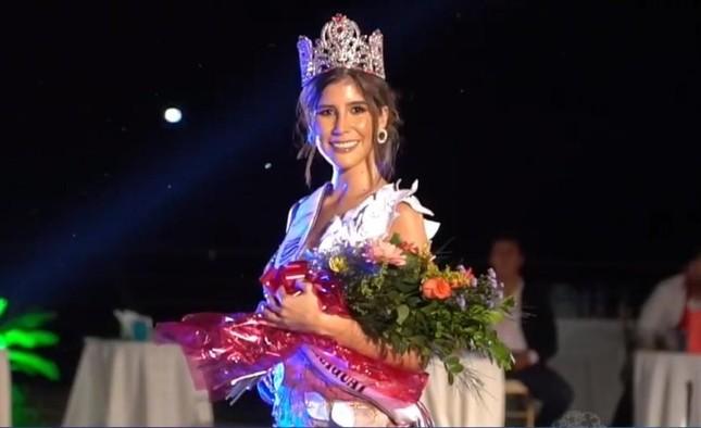 Người đẹp từng vướng nghi vấn mua giải mắc COVID-19 ngay trước khi dự thi Miss Universe ảnh 2