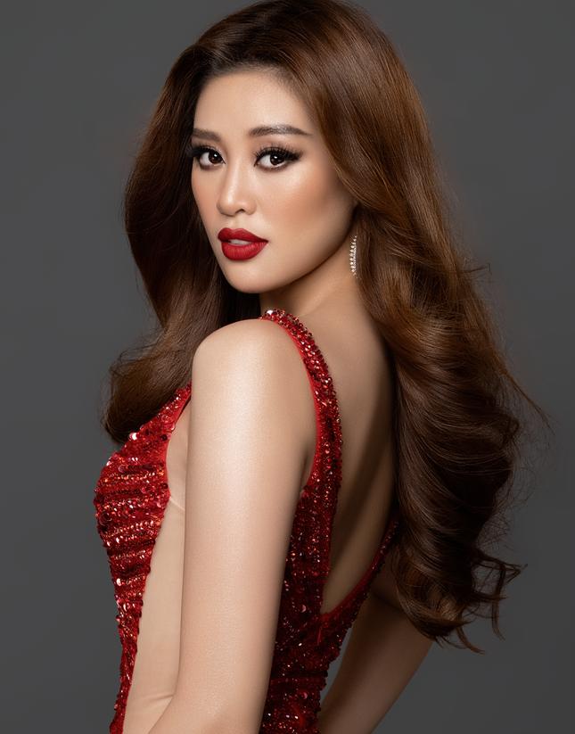 Hoa hậu Hoàn vũ Thái Lan 'thả tim' và khen style của Khánh Vân khiến fans Việt phấn khích ảnh 4