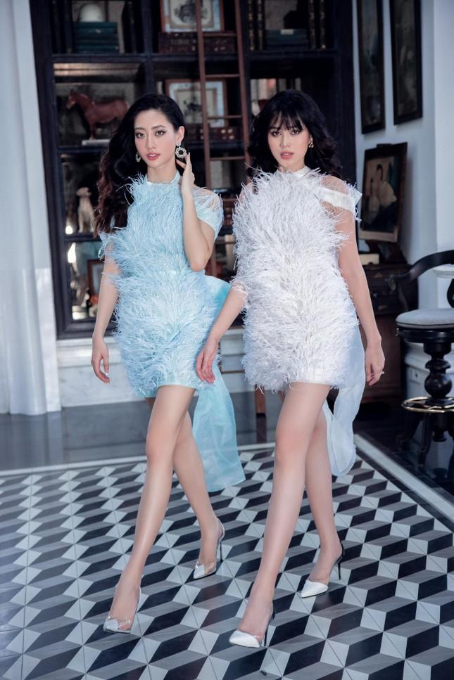 Hoa hậu Đỗ Thị Hà biến đổi đa dạng phong cách, 'tăng tốc' để chuẩn bị cho Miss World? ảnh 1