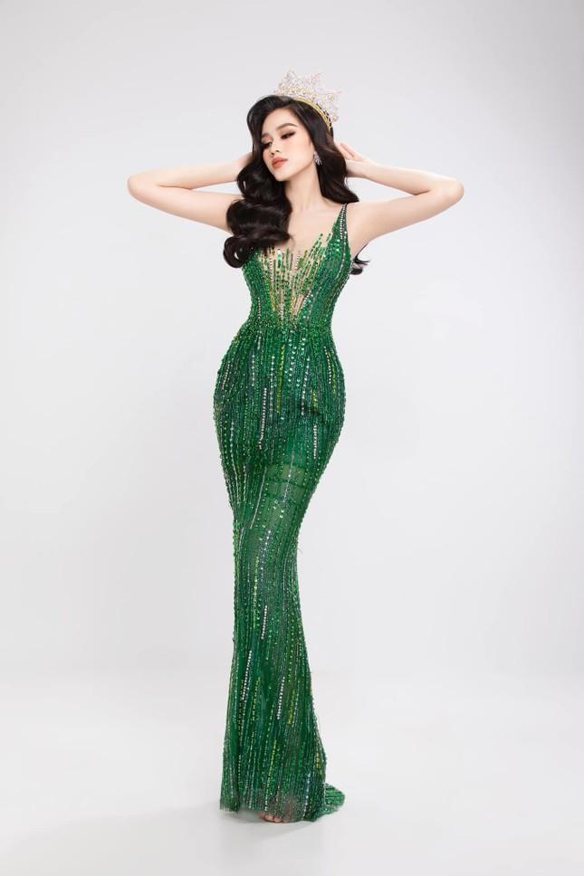 Đỗ Thị Hà tung bộ ảnh chuẩn thần thái beauty queen, sẵn sàng gia nhập đường đua Miss World ảnh 3