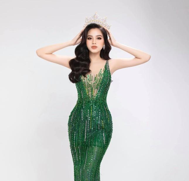 Đỗ Thị Hà tung bộ ảnh chuẩn thần thái beauty queen, sẵn sàng gia nhập đường đua Miss World ảnh 4