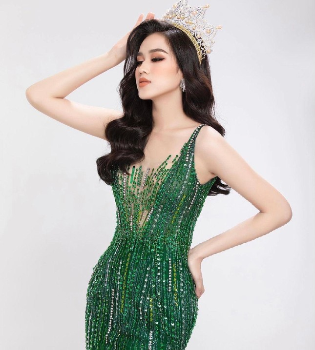 Đỗ Thị Hà tung bộ ảnh chuẩn thần thái beauty queen, sẵn sàng gia nhập đường đua Miss World ảnh 5