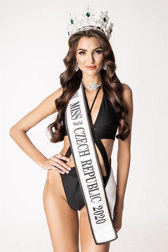Nhan sắc các thí sinh cùng Hoa hậu Đỗ Thị Hà được dự đoán lọt top 10 Miss World 2021 ảnh 8