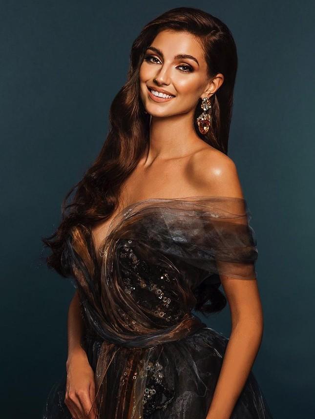 Nhan sắc các thí sinh cùng Hoa hậu Đỗ Thị Hà được dự đoán lọt top 10 Miss World 2021 ảnh 7