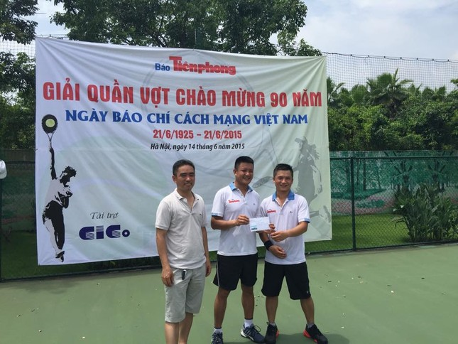 Sôi nổi giải quần vợt báo Tiền Phong chào mừng Ngày Báo chí cách mạng ảnh 3
