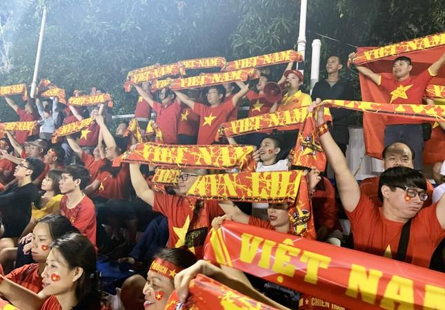 Đồng hương thầy Park trở thành fan 'cuồng' của U22 Việt Nam ảnh 3