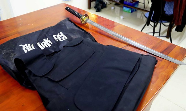 Bắt đối tượng tàng trữ ma túy, vũ khí quân dụng ảnh 3