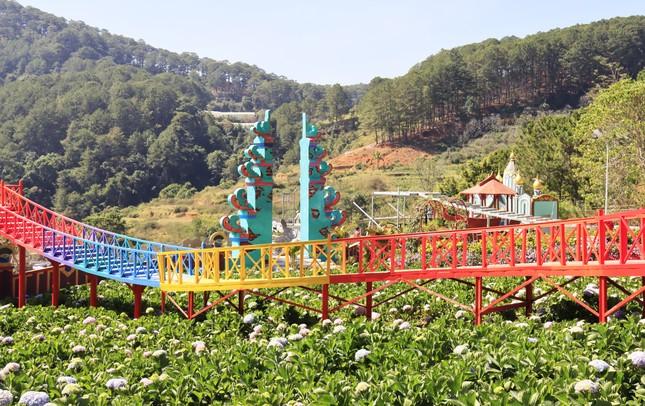 Vườn thượng uyển bay lại xây 'chui': Chính quyền Lâm Đồng bất lực? ảnh 1