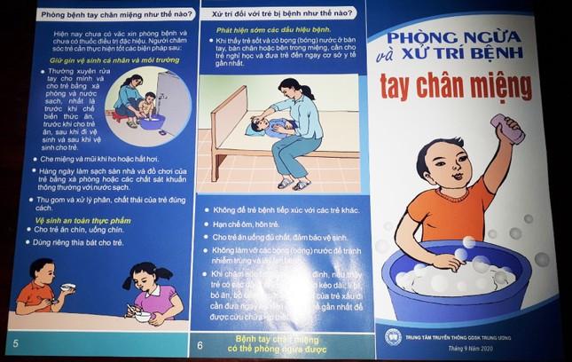 Lâm Đồng: Liên tiếp 4 trường học bùng phát bệnh tay chân miệng ảnh 2
