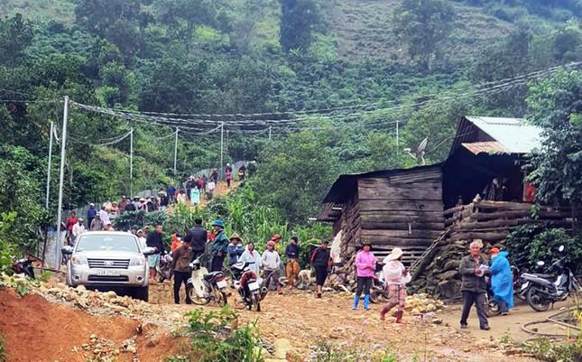 Chỉ đạo giải tỏa toàn bộ ngôi làng xây 'chui' trên đất rừng ảnh 3