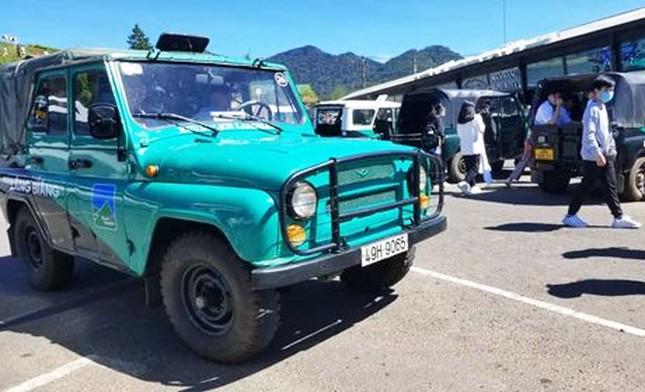 Quá đát, hơn 40 xe U-oát ở khu du lịch Langbiang bị dừng hoạt động ảnh 1