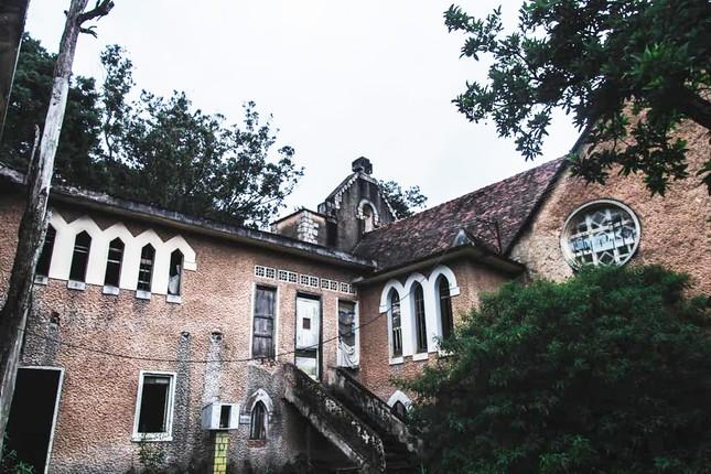 Tu viện cổ, bị đồn 'ma ám' ở Đà Lạt đang trùng tu? ảnh 5