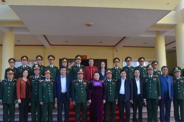 Chủ tịch Quốc hội thăm, chúc Tết Bộ chỉ huy Quân sự tỉnh Đắk Lắk ảnh 1