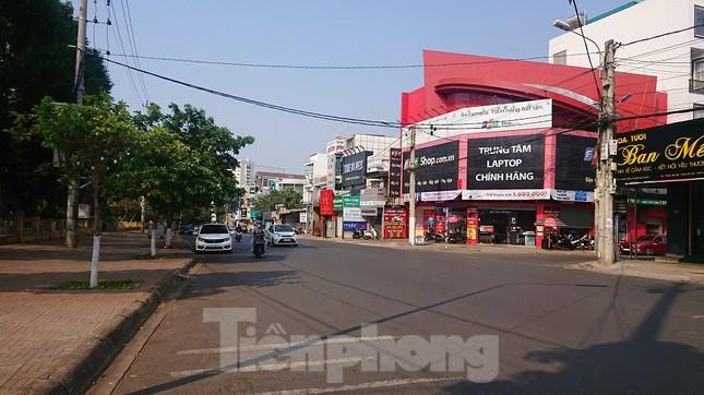 Hàng loạt quán xá ở Buôn Ma Thuột đóng cửa phòng chống dịch COVID-19 ảnh 16