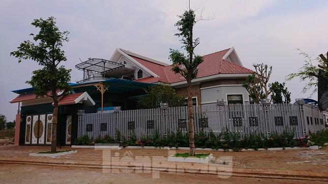 Đắk Lắk: Hàng loạt biệt thự xây dựng trên đất nông nghiệp ảnh 4